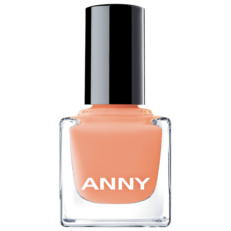 Anny Nail Polish Model Off Duty