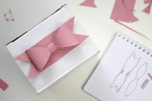 Gift Wrapping Douglas Blog DIY Papierschleife Masche
