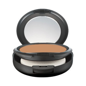 MAC Studio Fix Powder + Foundation in NC46
